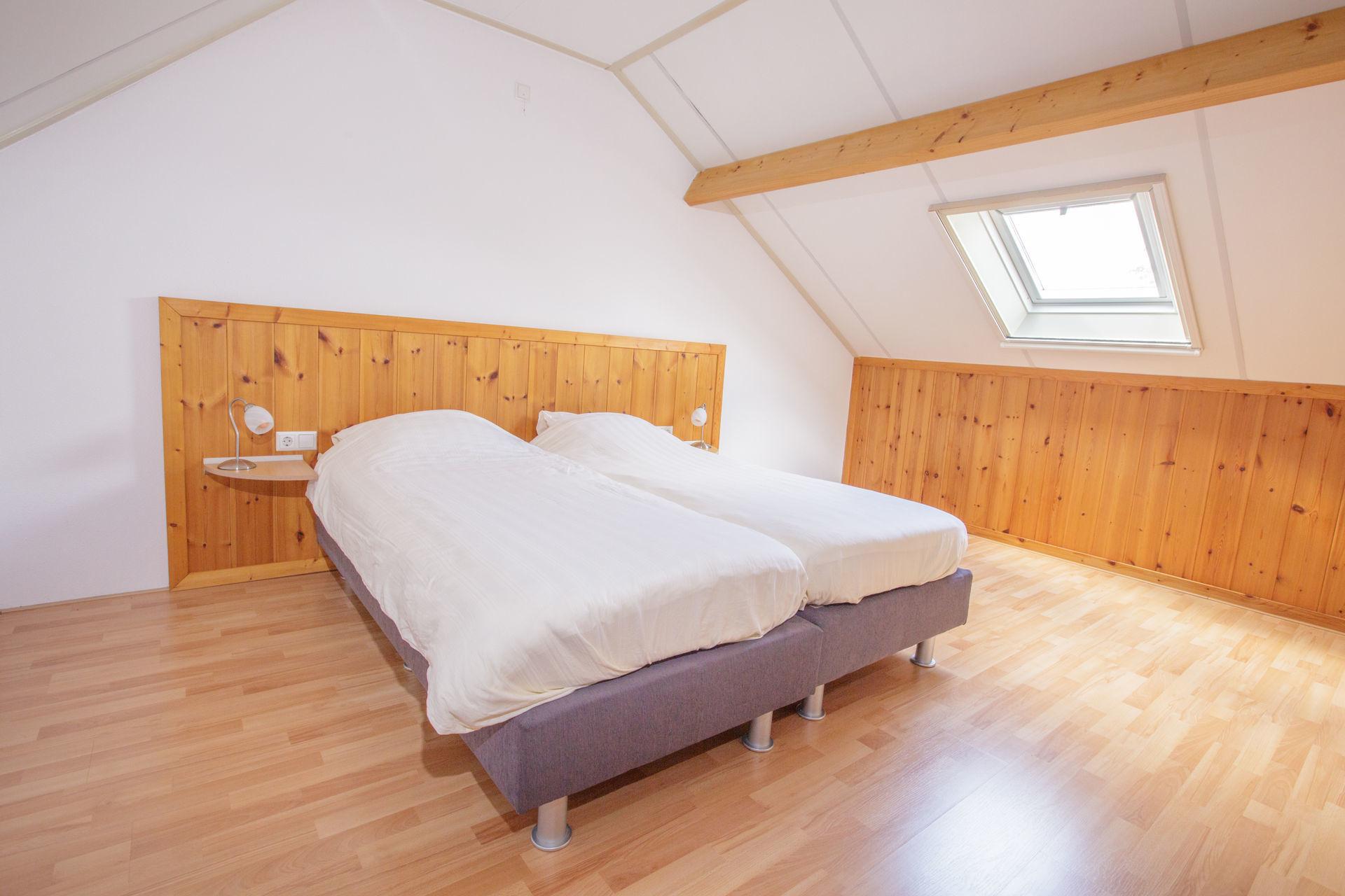 Jacuzzihuisje in de Achterhoek - Korenbloem (slaapkamer)